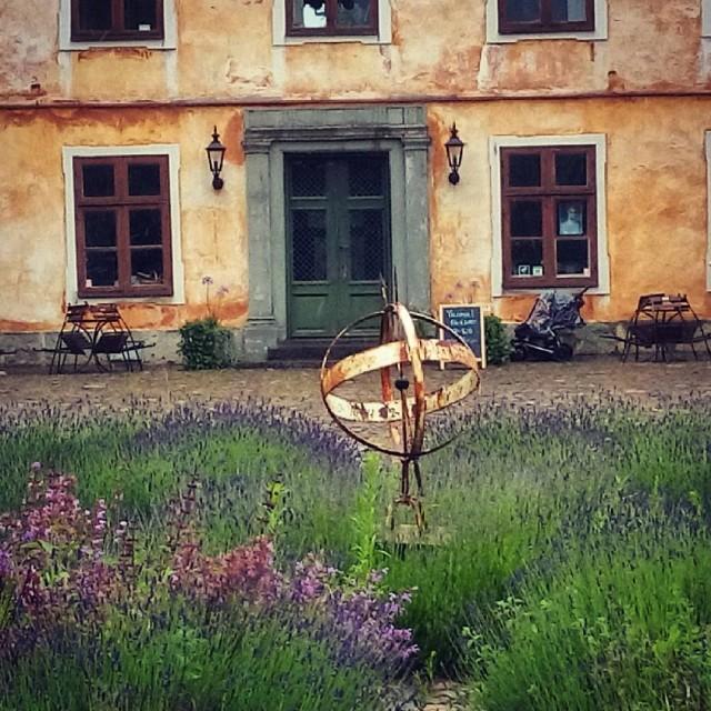 Studiebesk p Christinehofs slott S fantastiskt vackert i regnet