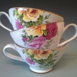 kaffekoppar med rosor